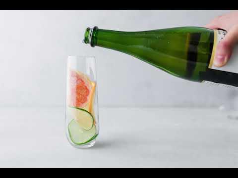 Easy Apple Cider Mocktail