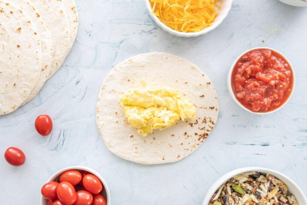 eggs on a tortilla for healthy breakfast tacos recipe