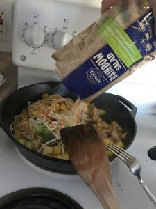 15 Minute Chicken Noodle Stir Fry step 2