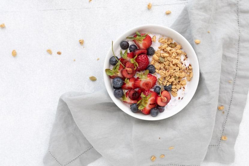 yogurt with berries and granola for an easy yogurt bowl recipe